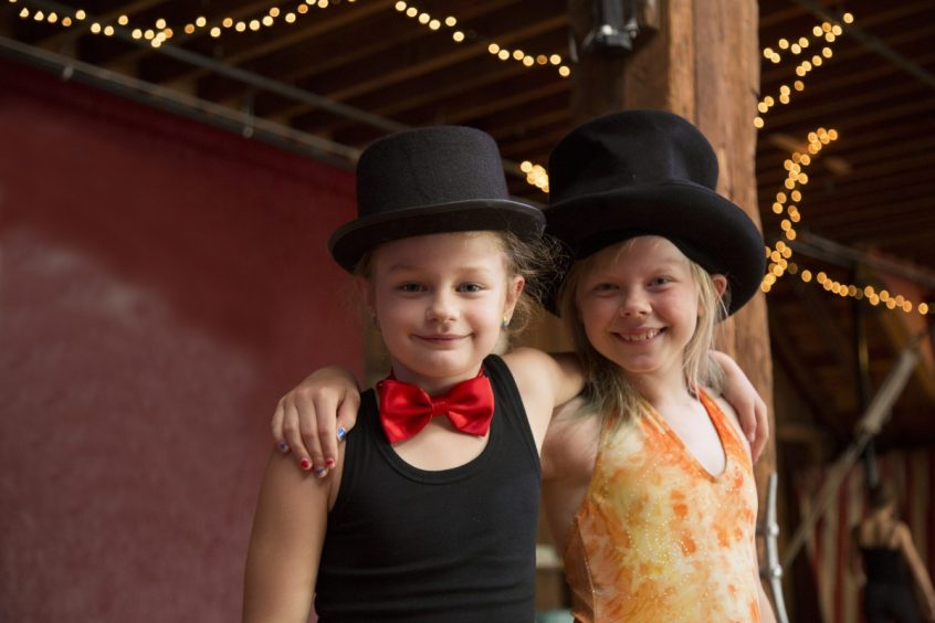 Emerald City Trapeze Christmas Circus Camp